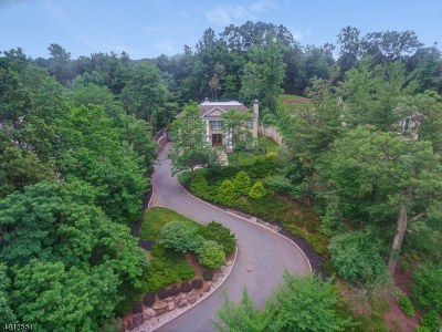Single Family Home For Sale: 10 Watchung Rd