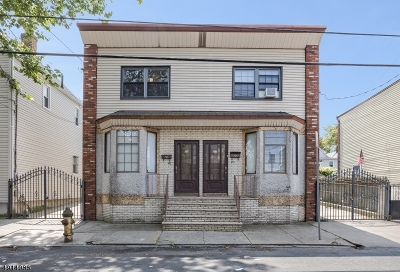 Ironbound Multi Family Home For Sale: 21-23 Vincent St