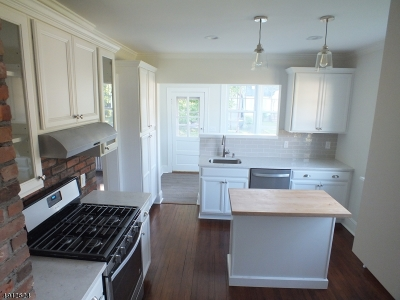 Hanover Twp. Single Family Home For Sale: 27 Boulevard Rd