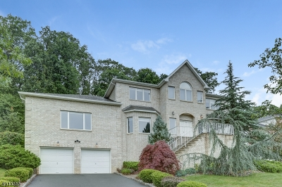 Parsippany-Troy Hills Twp. Single Family Home For Sale: 54 Gatheringhill Ct