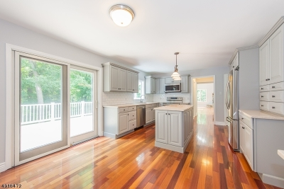 Vernon Twp. Single Family Home For Sale: 9 Woodland Hills Dr