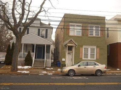 Bloomfield Twp. Multi Family Home For Sale: 384 Broughton Ave