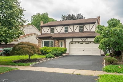 Union Twp. Single Family Home For Sale: 19 Midland Blvd