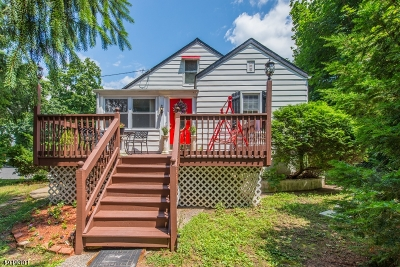 Wayne Twp. Single Family Home For Sale: 8 Lyncrest Ter