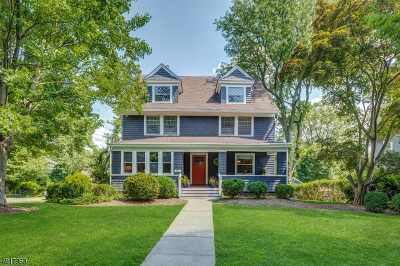 Maplewood Twp. Single Family Home For Sale: 612 Ridgewood Rd