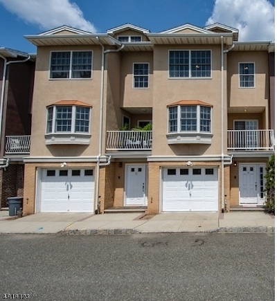 Elizabeth City Condo/Townhouse For Sale: 16 Harbor Front Plz