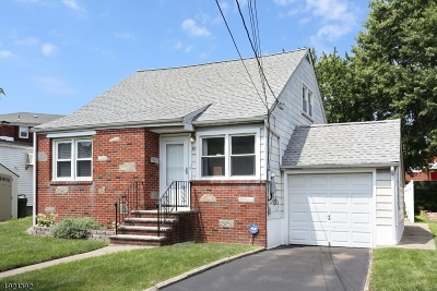 Belleville Twp. Single Family Home For Sale: 61 Princeton Ter
