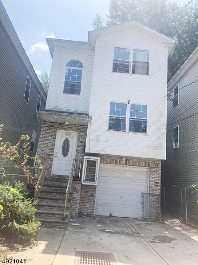 Paterson City Multi Family Home For Sale: 124 12th Ave