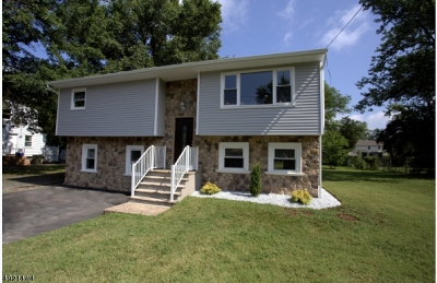 Franklin Twp. Single Family Home For Sale: 143 Churchill Ave