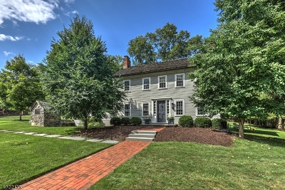 Mendham Twp. NJ Single Family Home For Sale: $679,000