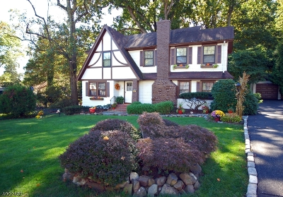 West Orange Twp. Single Family Home For Sale: 62 Luddington Rd