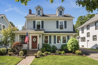 Morris Plains Boro Single Family Home For Sale: 11 Academy Rd