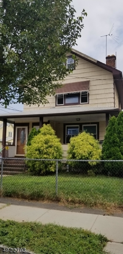 Belleville Twp. Multi Family Home For Sale: 68 Wallace St