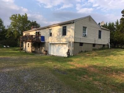 Raritan Twp. Single Family Home For Sale: 92 Oak Grove Road