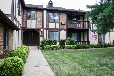 Chatham Twp. Condo/Townhouse For Sale: 6g Avon Ct #G