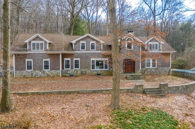 Morris County Single Family Home For Sale: 432 Fox Chase Rd