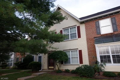Franklin Twp. Condo/Townhouse For Sale: 8 Townsend Ct