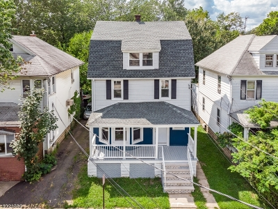 Bloomfield Twp. Single Family Home For Sale: 20 Walnut St