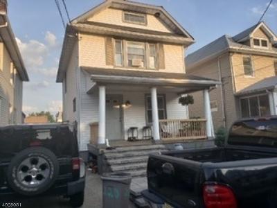 Elizabeth City Single Family Home For Sale: 216-218 Elm Ct
