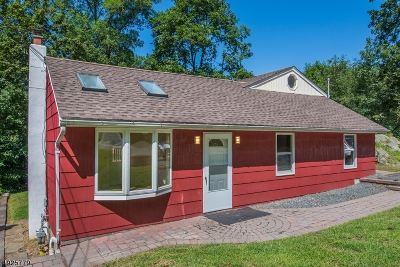 Rockaway Twp. Single Family Home For Sale: 138 White Meadow Road