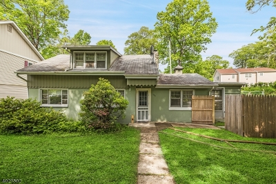 Boonton Twp. Single Family Home For Sale: 588 Rockaway Valley Rd