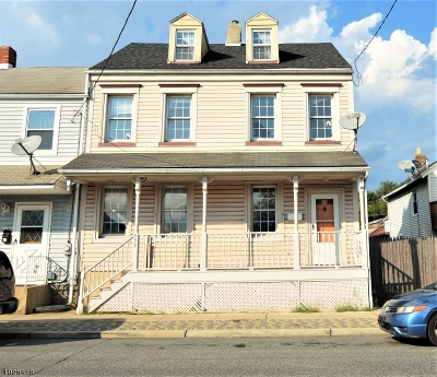 Warren County Single Family Home For Sale: 553 S Main St