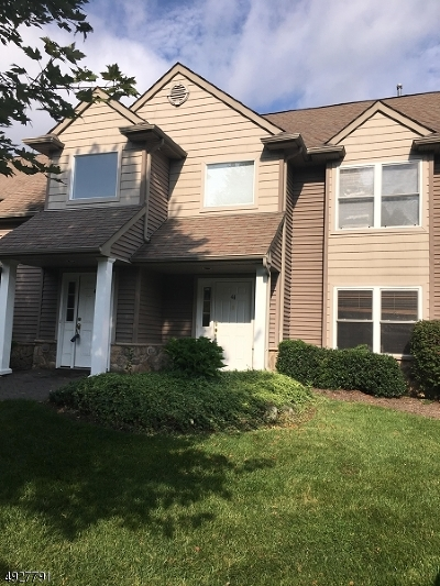 Hardyston Twp. Condo/Townhouse For Sale: 44 Clubhouse Rd. #44