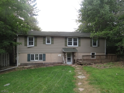 Hardyston Twp. Single Family Home For Sale: 4 Lakeside Ave