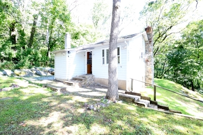 Boonton Twp. Single Family Home For Sale: 6 North Rd