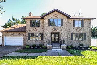 Edison Twp. Single Family Home For Sale: 2051 Oak Tree Rd