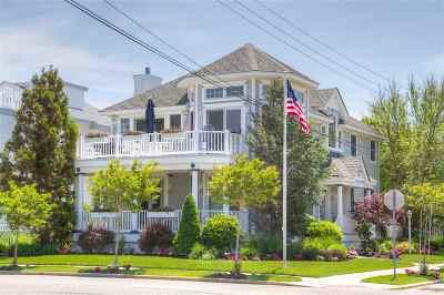 Single Family Home For Sale: 8600 Pennsylvania Avenue