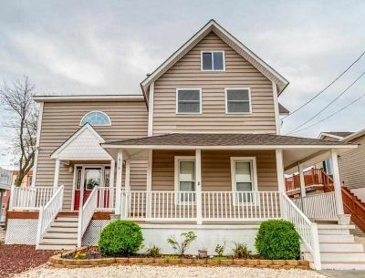 Wildwood Single Family Home For Sale: 514 W 26 Street
