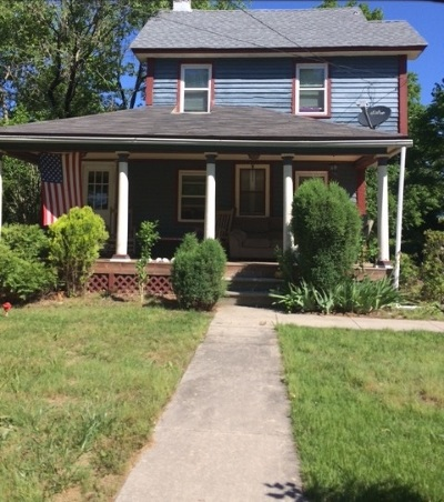Single Family Home For Sale: 131 S Corson Tavern Road