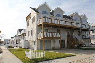 Sea Isle City Townhouse For Sale: 6302 E Emmeus #east
