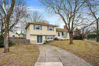 North Cape May Single Family Home For Sale: 121 Roslyn Avenue