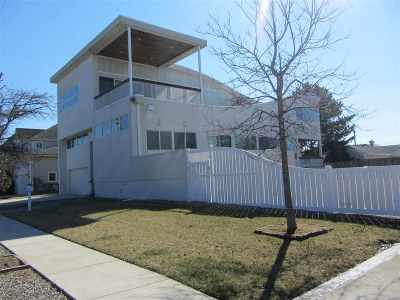 Avalon Single Family Home For Sale: 214 50th Street
