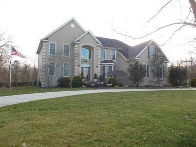 Single Family Home For Sale: 16 Clayton Drive