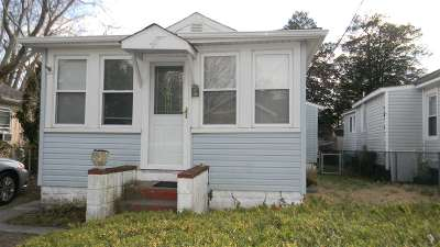 Villas Single Family Home For Sale: 150 W New Jersey Avenue