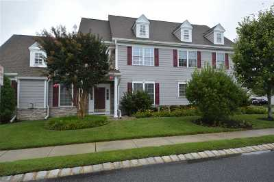 Townhouse For Sale: 102 Springdale Court #102