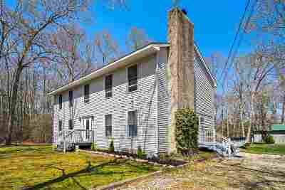 Single Family Home For Sale: 73 Old Robbins Trail