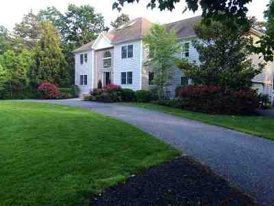 Single Family Home For Sale: 38 W Woodland Ave