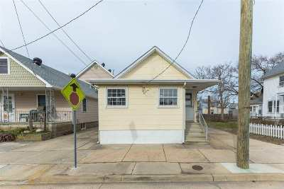Wildwood Single Family Home For Sale: 333 W Andrews Avenue
