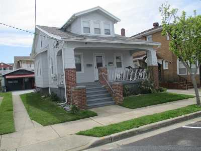 Wildwood Multi Family Home For Sale: 138 E Hand Avenue