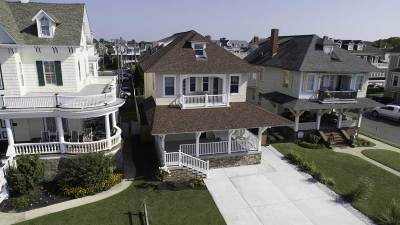 Cape May Single Family Home For Sale: 821 Beach Drive
