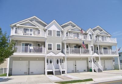 Wildwood Condo Under Contract: 4110 Arctic Avenue #100