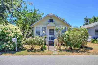 Single Family Home For Sale: 228 W Bates Avenue