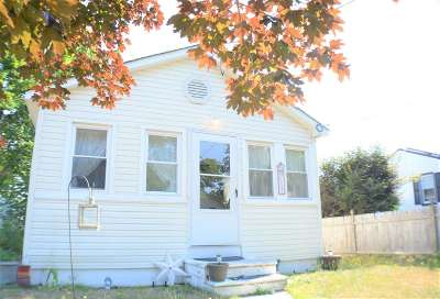 Single Family Home For Sale: 117 W Greenwood Avenue