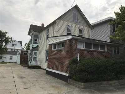Wildwood Single Family Home For Sale: 142 W Andrews Avenue