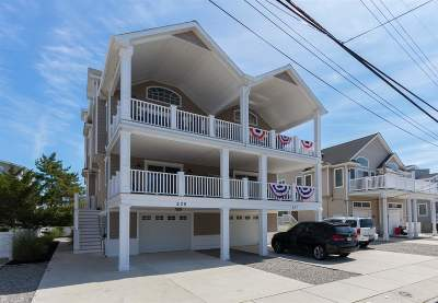 Avalon Townhouse For Sale: 239 29th #West