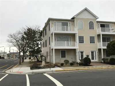 Wildwood Condo Under Contract: 301 E Leaming Avenue #H